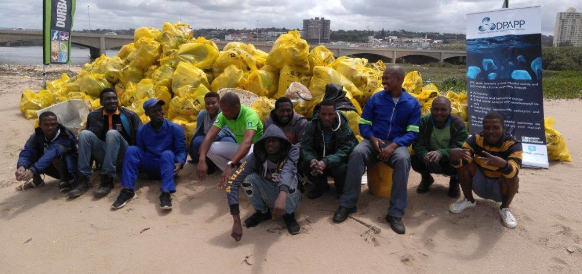 Cleaning up plastic waste around the Umgeni River